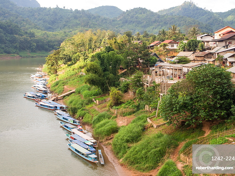 Riverboats on the Nam Ou River, Nong Khiaw, Laos, Indochina, Southeast Asia, Asia