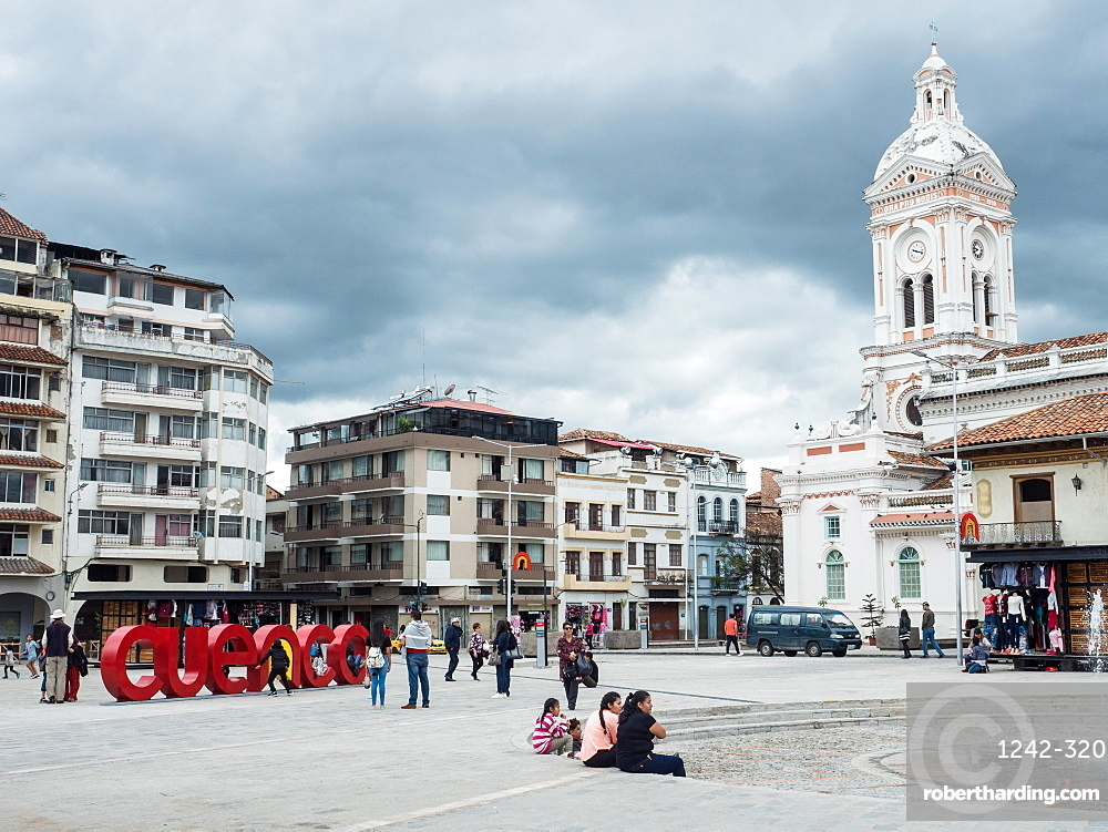 Plaza San Francisco, Cuenca, UNESCO World Heritage Site, Ecuador, South America