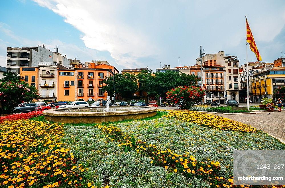 Placa de Catalunya in Girona, Catalonia, Spain, Europe