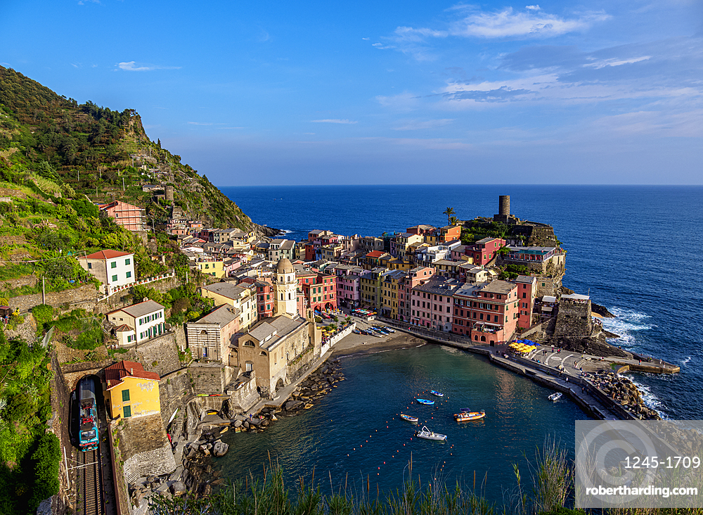 Vernazza Village, elevated view, Cinque Terre, UNESCO World Heritage Site, Liguria, Italy