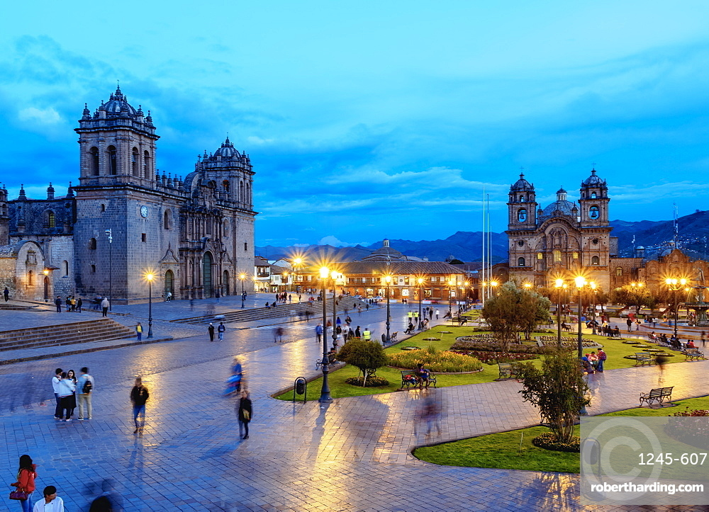 Main Square at twilight, Old Town, UNESCO World Heritage Site, Cusco, Peru, South America