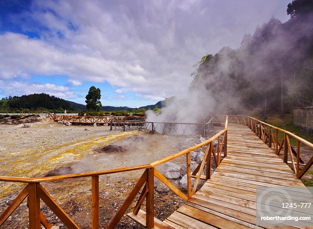 Fumarolas da Lagoa das Furnas, hot springs, Sao Miguel Island, Azores, Portugal, Atlantic, Europe