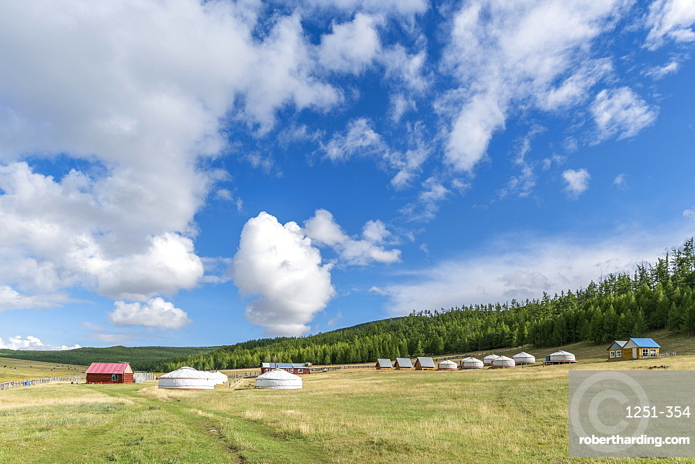 Tourist ger camp, Burentogtokh district, Hovsgol province, Mongolia, Central Asia, Asia