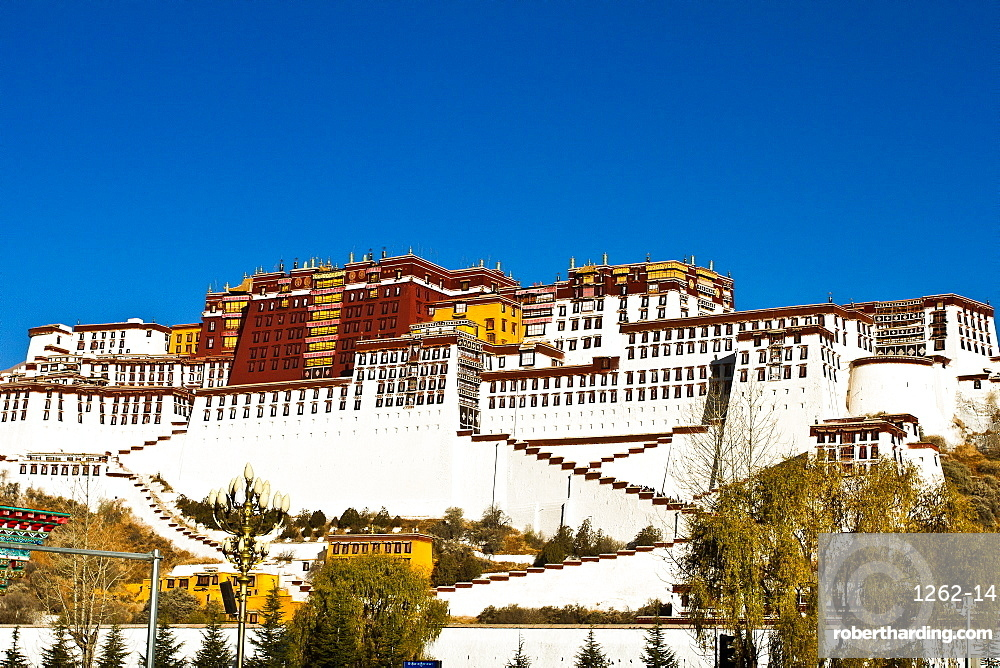 The Potala Palace under blue sky, UNESCO World Heritage Site, Lhasa, Tibet, China, Asia