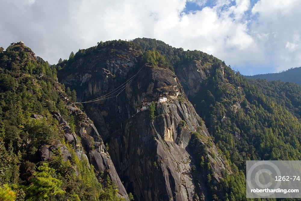 The Taktsang (Tigers Nest) Monastery, Paro, Bhutan, Himalayas, Asia