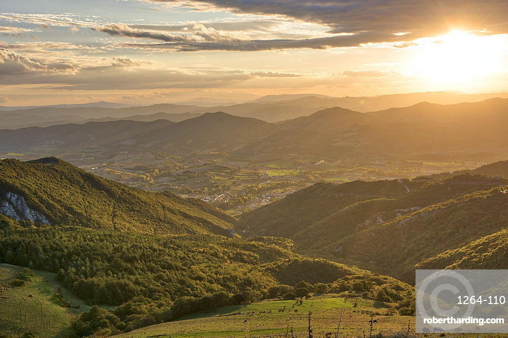 Apennines at sunset, Monte Cucco Park, Apennines, Umbria, Italy, Europe