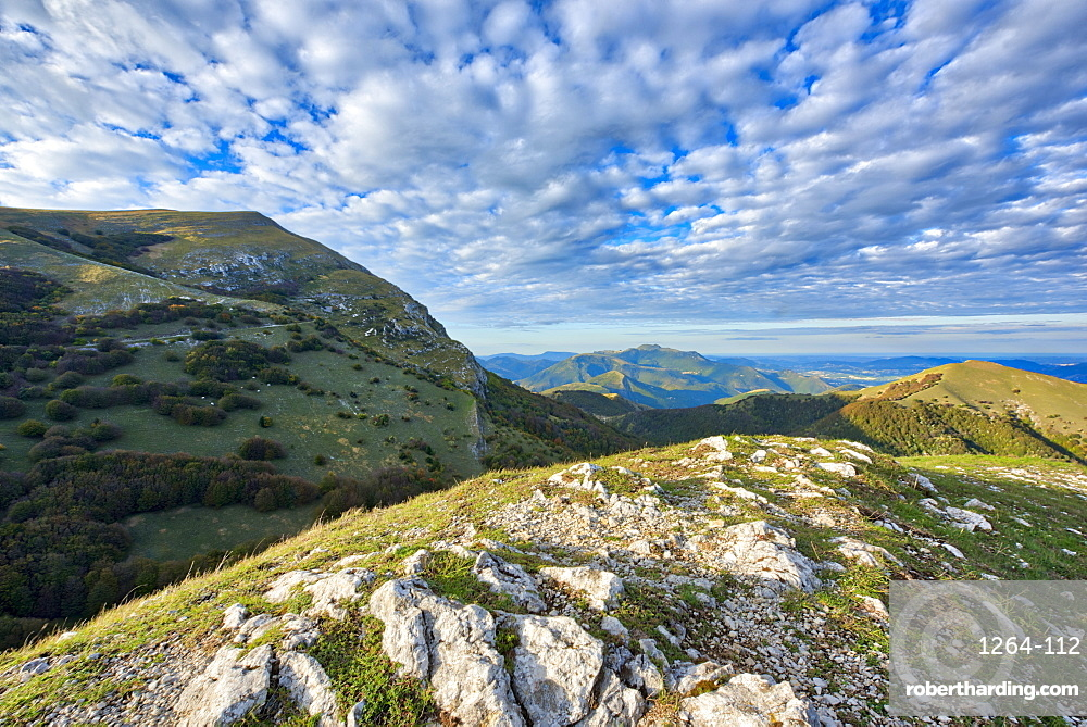Monte Cucco at sunset, Monte Cucco Park, Apennines, Umbria, Italy, Europe