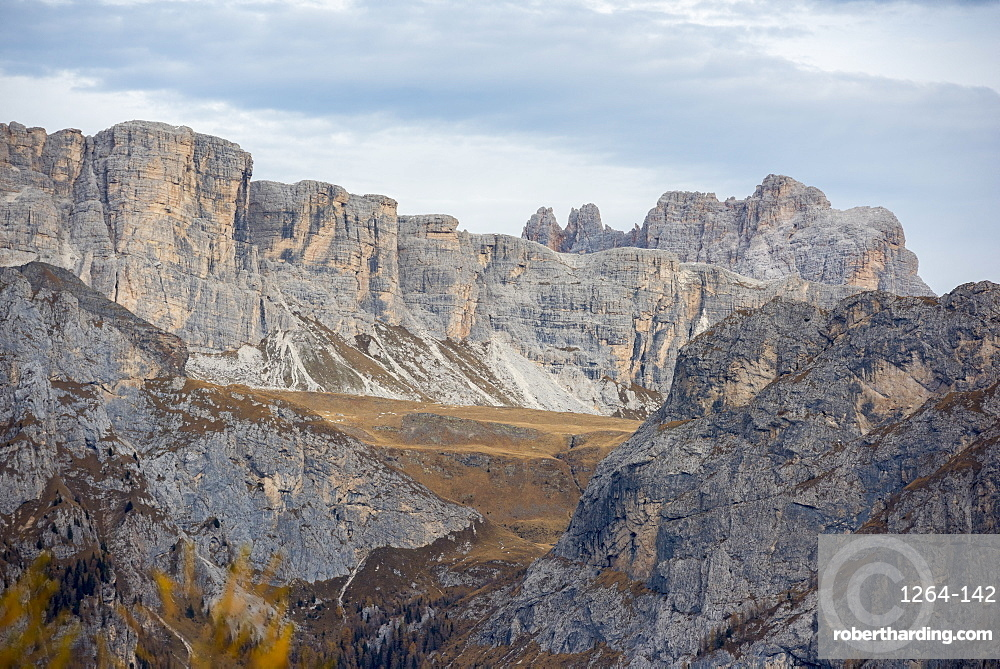 Mondeval in autumn, Dolomites, Veneto, Italy, Europe