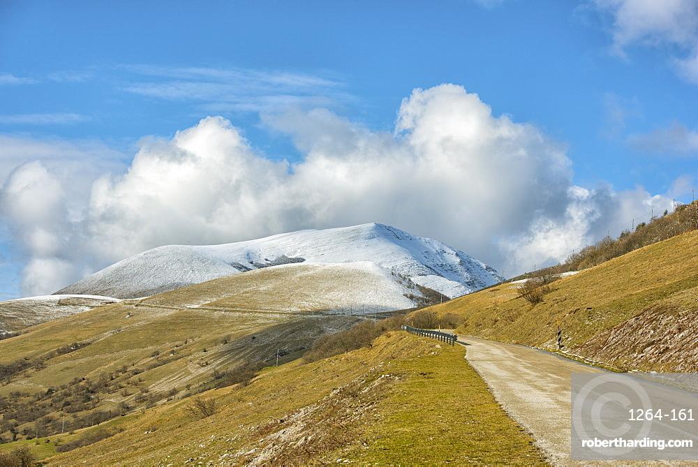 Winter in Monte Cucco Park, Apennines, Umbria, Italy, Europe