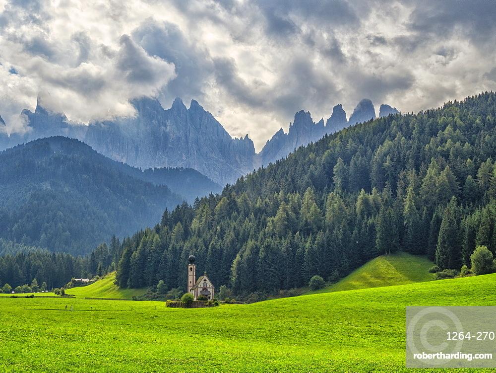 Santa Magdalena in Val di Funes, St. John in Ranui church, Funes Valley, Trentino-Alto Adige, Italy, Europe