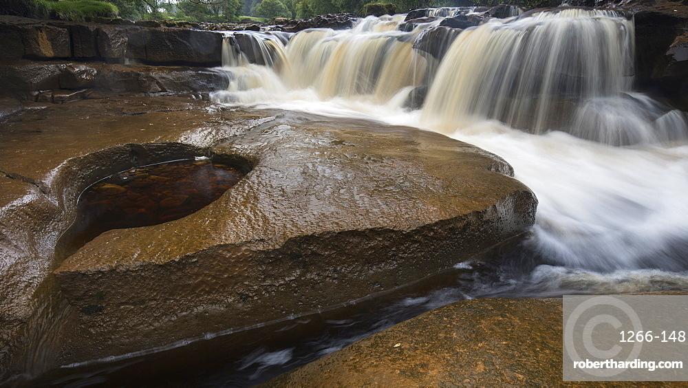 Wain Wath Force waterfall, near Keld, Swaledale, Yorkshire Dales, North Yorkshire, UK