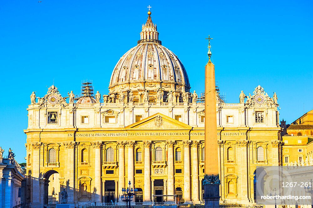 St. Peter's Basilica in early morning light, UNESCO World Heritage Site, Vatican City, Rome, Lazio, Italy, Europe