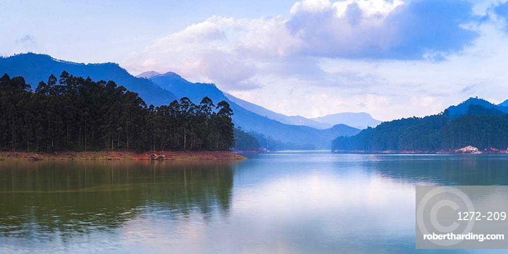 Mattupetty Damn, Munnar, Western Ghats Mountains, Kerala, India, Asia