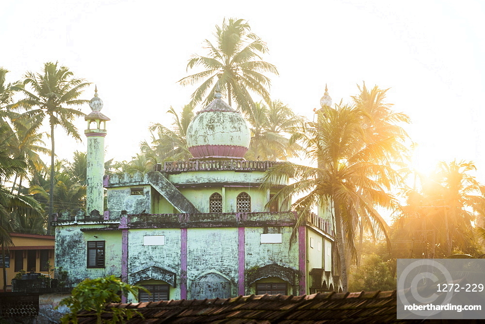 Mosque at Kappil Beach, Varkala, Kerala, India, Asia