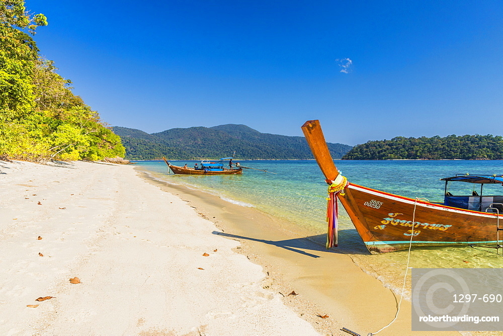 Longtail boats on Ko Rawi Island in Tarutao National Marine Park, Thailand, Southeast Asia, Asia