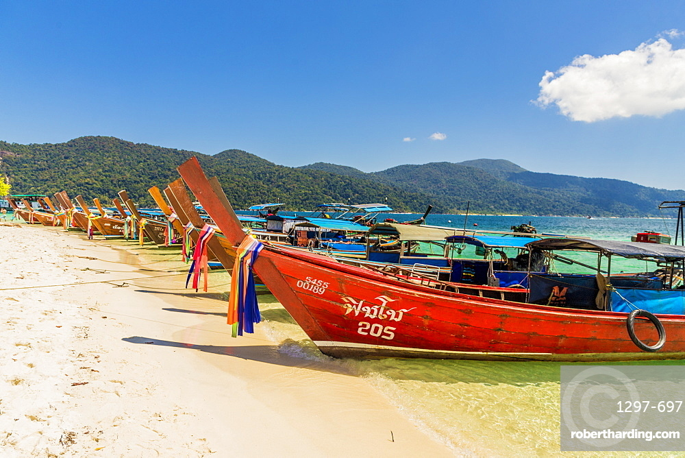 Long tail boats on Ko Rawi island in Tarutao Marine National Park, in Thailand, Southeast Asia, Asia