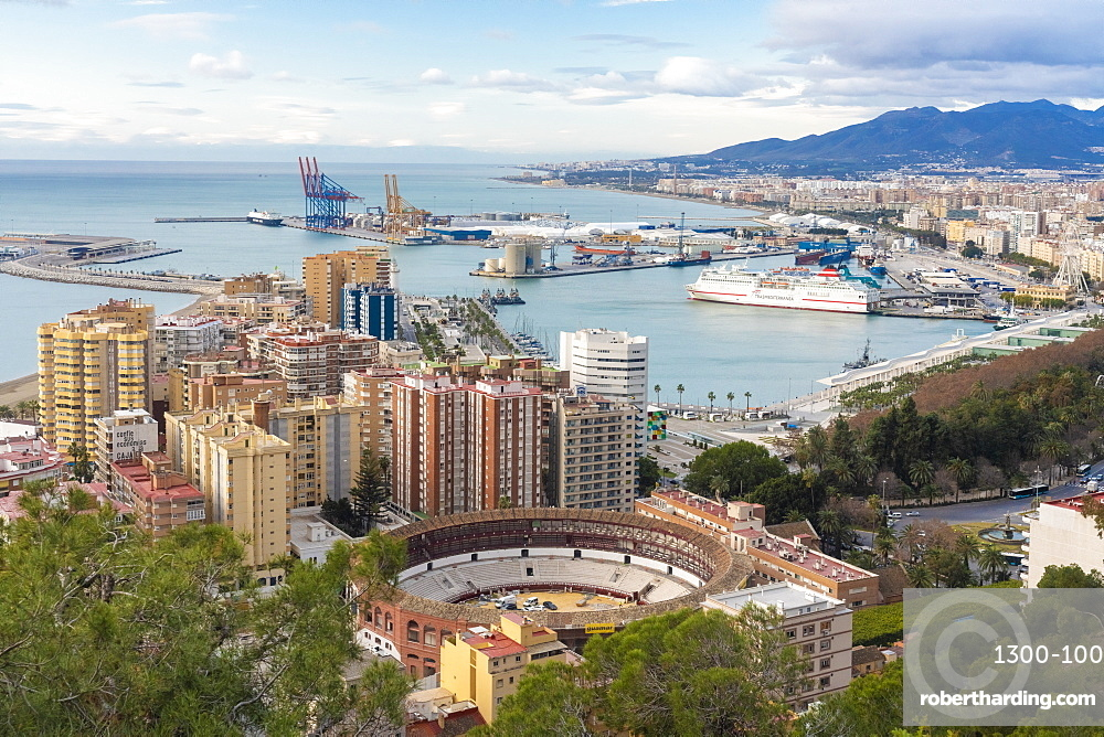 Malaga view from the view point of Gibralfaro by the castle, Malaga, Andalucia, Spain, Europe