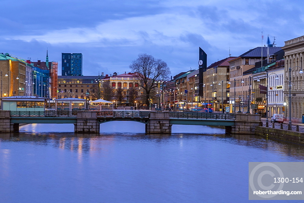 the historic city center of Göteborg with Tyska Bronn and Brunnsparken on the background in spring at night