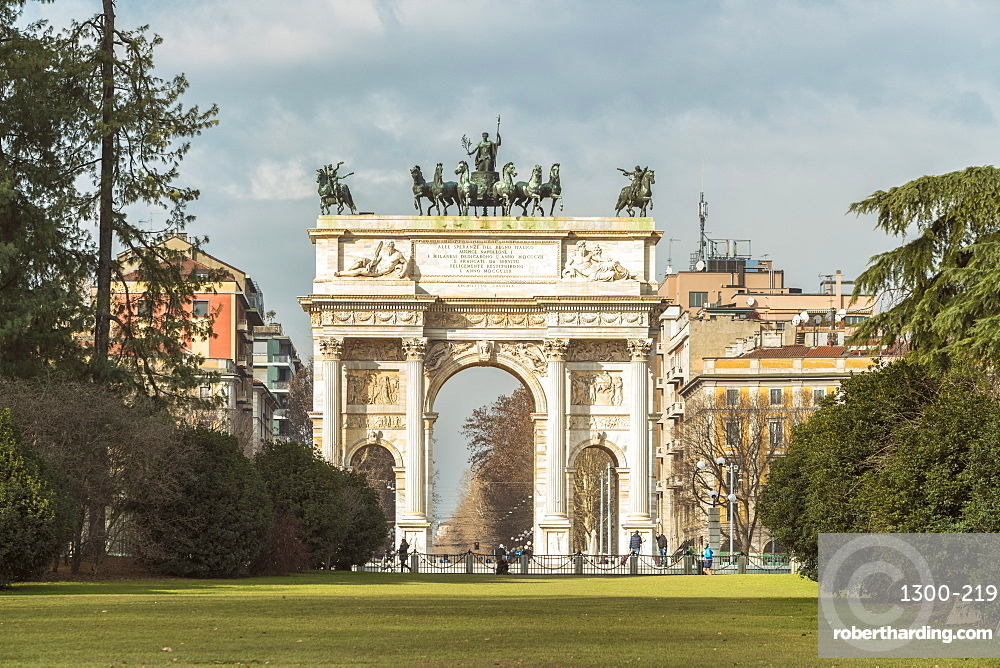 Triumphal arch with bas-reliefs & statues, built by Luigi Cagnola on the request of Napoleon in Milan