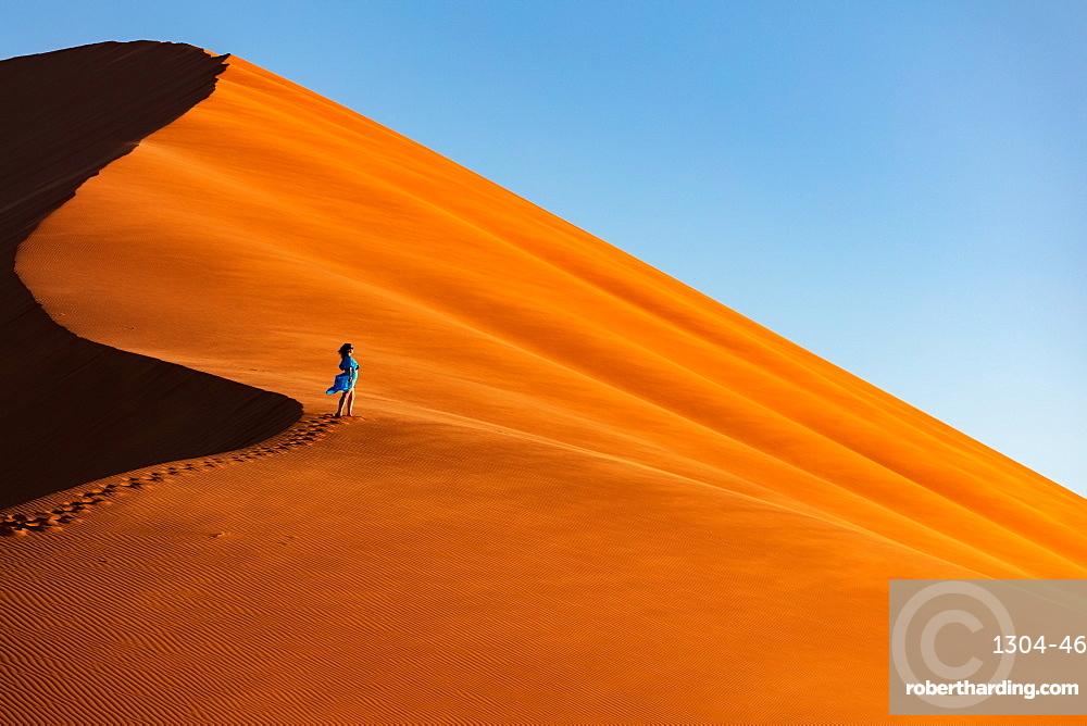 Drone shot of model Climbing Dune 13