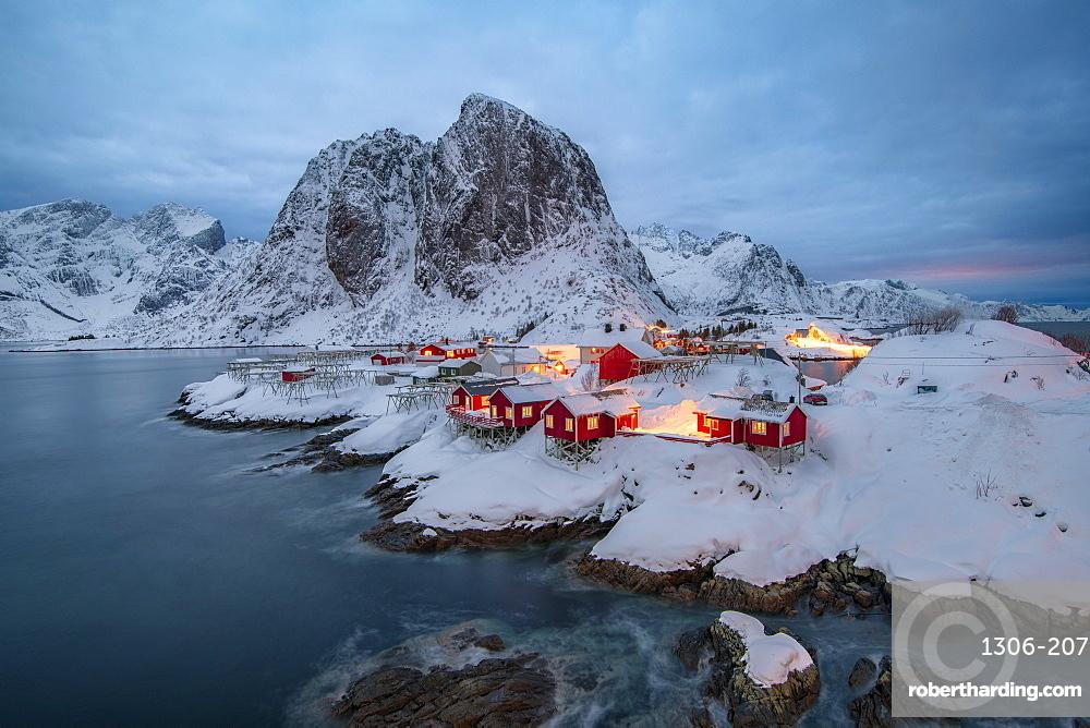 Village of Hamnoy in a winter landscape, Reine, Lilandstindan, Moskenesoya, Lofoten, Nordland, Arctic, Norway, Europe