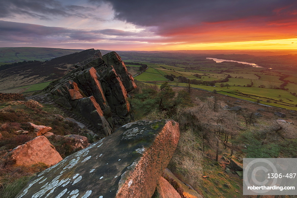 Dramatic sunset at Hen Cloud, The Roaches, Staffordshire, England, United Kingdom, Europe