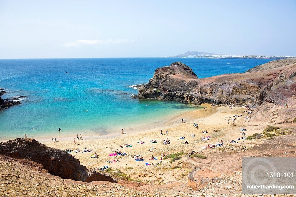 View over Playa del Papagayo from clifftop behind the beach, Playa Blanca, Yaiza, Lanzarote, Las Palmas, Canary Islands, Spain