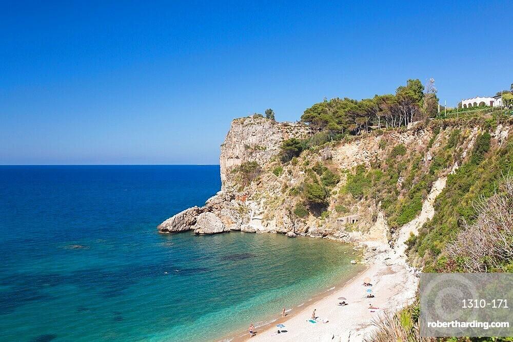 Rocky headland marking the southern end of Guidaloca Beach, Scopello, Castellammare del Golfo, Trapani, Sicily, Italy