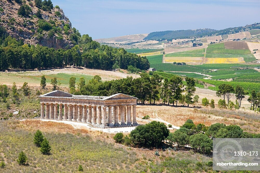 Magnificent Doric temple amongst rolling hills at the ancient Greek city of Segesta, Calatafimi, Trapani, Sicily, Italy