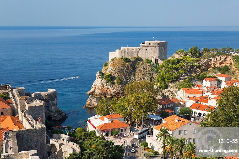 View to Fort Lovrijenac from the Minceta Tower, highest point of the city walls, Dubrovnik, UNESCO World Heritage Site, Dubrovnik-Neretva, Dalmatia, Croatia, Europe