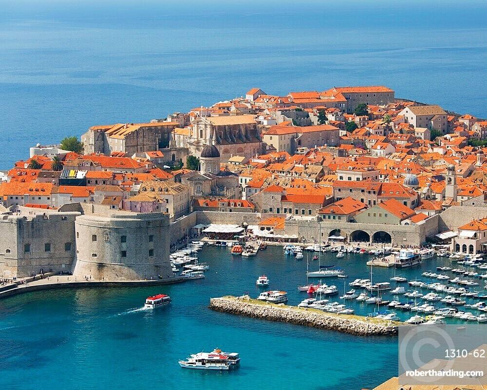 View over the Old Town (Stari Grad), from hillside above the Adriatic Sea, Dubrovnik, UNESCO World Heritage Site, Dubrovnik-Neretva, Dalmatia, Croatia, Europe