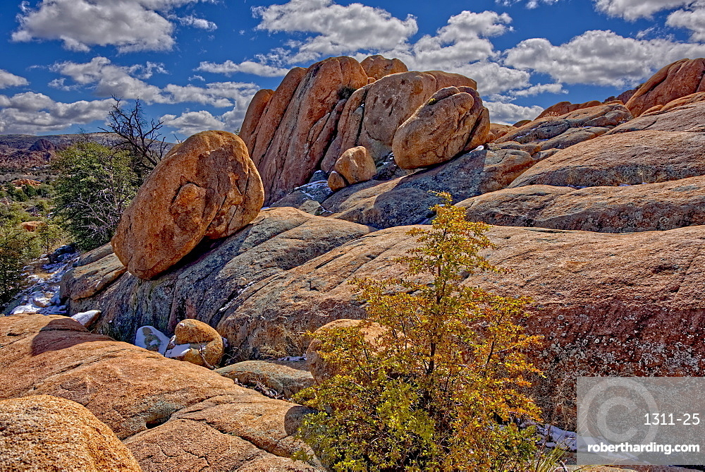 Large boulders balanced on a sloping ledge of Granite along the PMBA Trail in Constellation Park in Prescott, Arizona, United States of America, North America