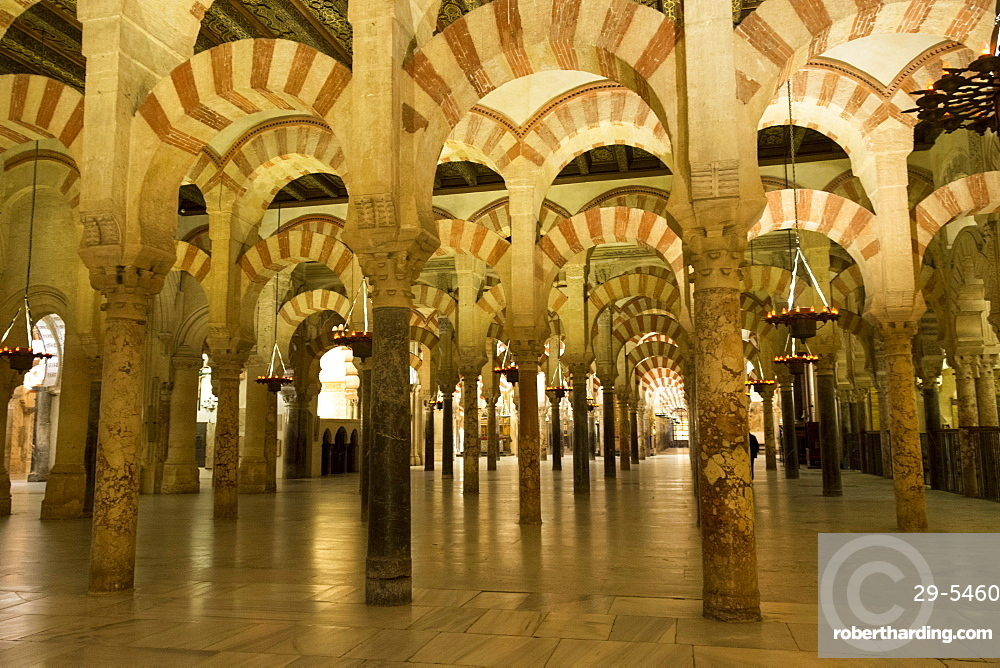 Inside the Mezquita, the 10th century mosque, UNESCO World Heritage Site, Cordoba, Andalucia, Spain, Europe