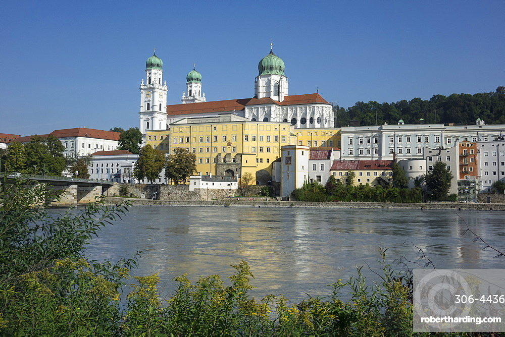 St. Stephen's Cathedral and River Inn, Passau, Lower Bavaria, Germany, Europe