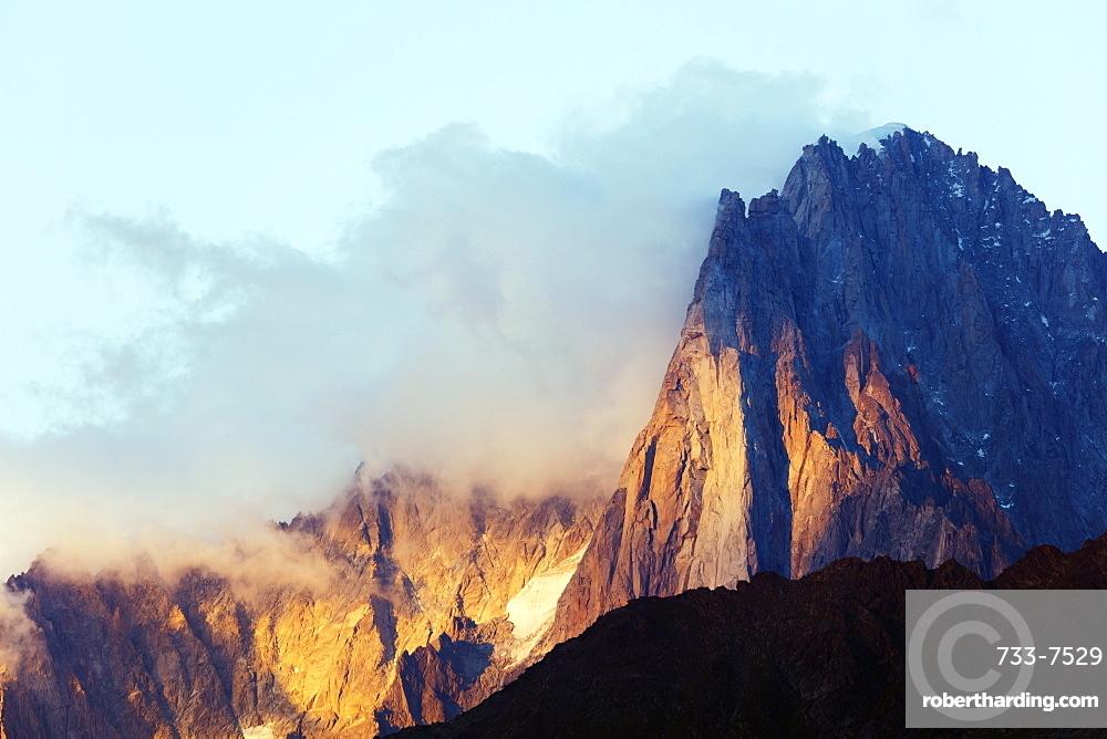 Les Drus and Aiguille Verte, 4122m, Chamonix, Rhone Alpes, Haute Savoie, France, Europe