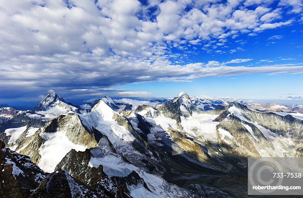 View of the Matterhorn from Zinalrothorn, 4221m, Zermatt, Valais, Swiss Alps, Switzerland, Europe