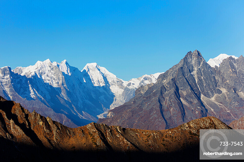 Himalayan mountain scenery, Sagarmatha National Park, UNESCO World Heritage Site, Khumbu Valley, Nepal, Himalayas, Asia