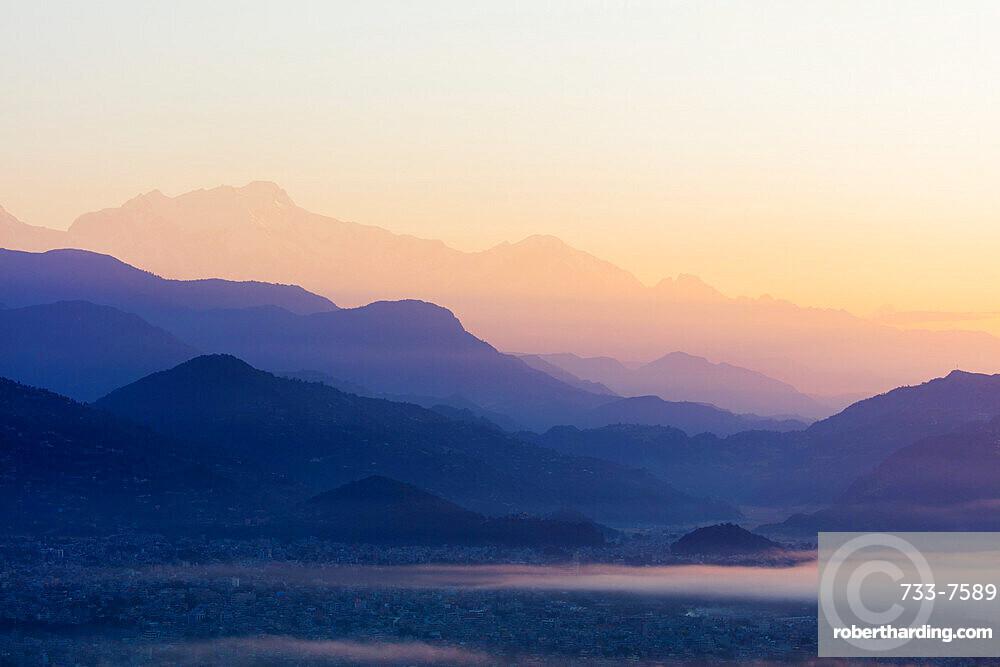Asia, Nepal, Khumbu valley, Pokhara, sunrise from Sarangkot
