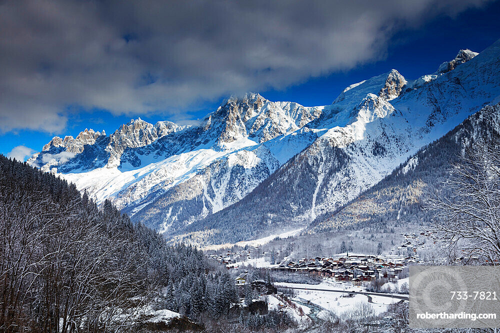 Les Houches village below Mont Blanc, Chamonix, Haute Savoie, Rhone Alpes, France, Europe