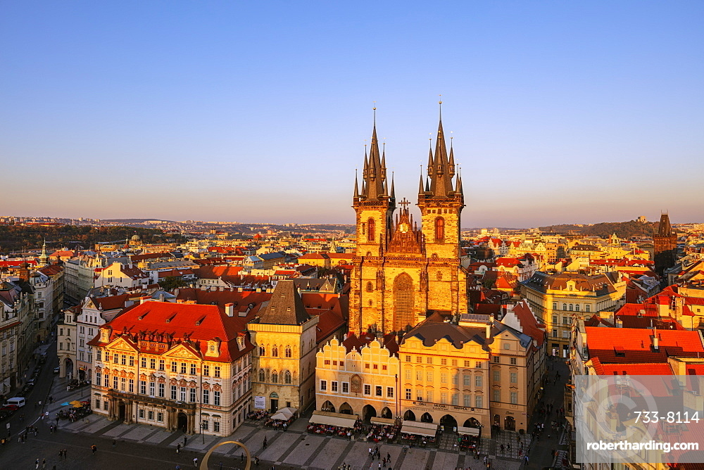 Old Town Square, Our Lady before Tyn church, UNESCO World Heritage Site, Prague, Czech Republic, Europe