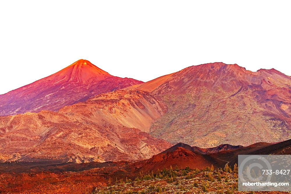 Europe, Spain, Canary Islands, Tenerife, Teide National Park, Pico del Teide (3718m) highest mountain in Spain
