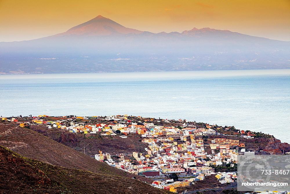 Europe, Spain, Canary Islands, La Gomera, Unesco Biosphere site, San Sebastian de la Gomera town, Tenerife in the background