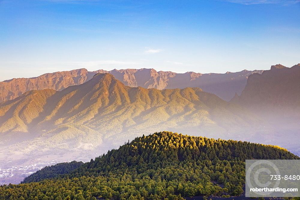 Europe, Spain, Canary Islands, La Palma, Unesco Biosphere site, National Park Caldera de Taburiente
