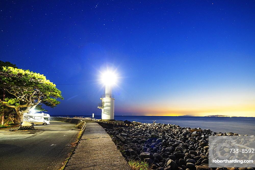 Camper van at a lighthouse, Heda Bay, Izu Hanto, Shizuoka Prefecture, Honshu, Japan, Asia