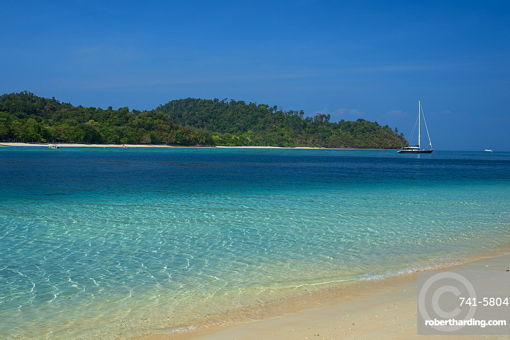 Turquoise color of the Andaman Sea, Thailand, Southeast Asia, Asia