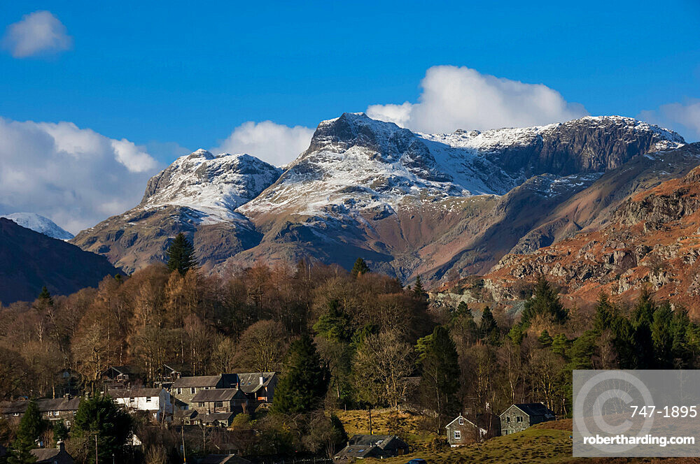 Langdale Pikes, Elterwater Village, Lake District National Park, UNESCO World Heritage Site, Cumbria, England, United Kingdom, Europe
