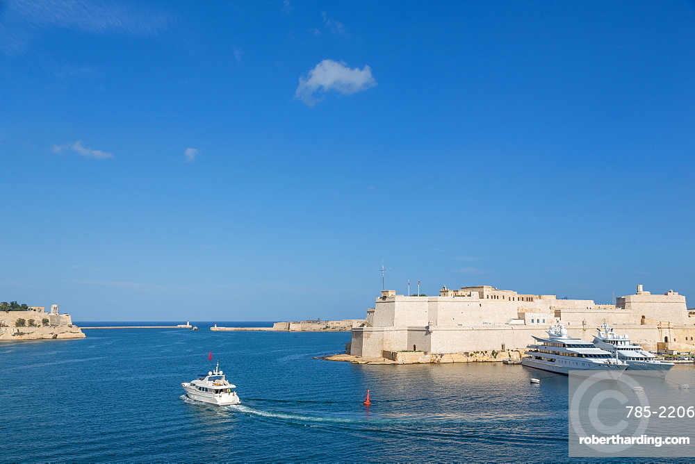 Fort Sant' Angelu, Birgu and the Grand Harbour in Valletta, UNESCO World Heritage Site and European Capital of Culture 2018, Valletta, Malta, Mediterranean, Europe