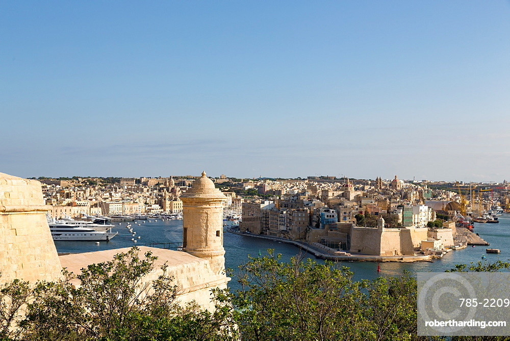 The Grand Harbour in Valletta, UNESCO World Heritage Site and European Capital of Culture 2018, Valletta, Malta, Mediterranean, Europe