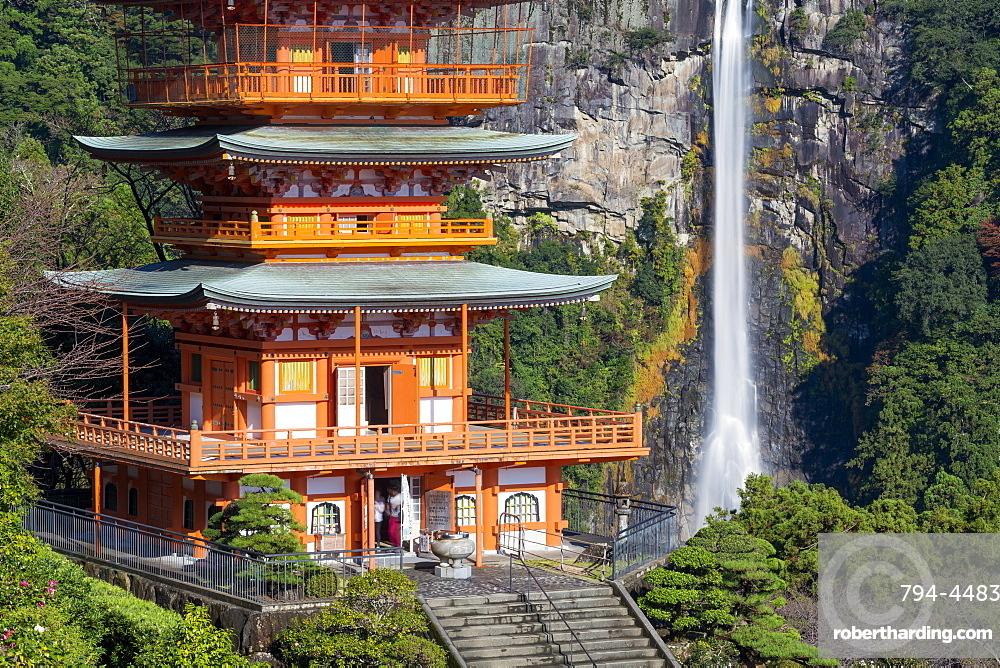 Nachisan Seiganto-ji pagoda at Kumano Nachi Shrine with Nachi Falls in the background, Wakayama, Japan, Asia