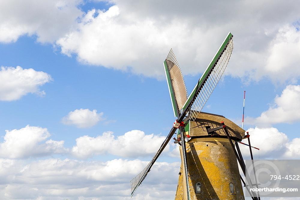 Windmill, Kinderdijk, UNESCO World Heritage Site, Netherlands, Europe